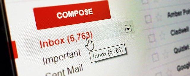 Voyance email